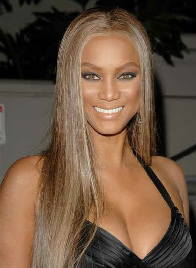 Tyra Banks Hair Just For This Color Ash Blond Oval Face Haircuts Hair Styles Hair Color Pictures