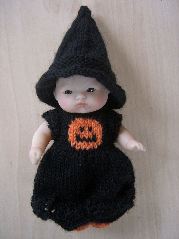 60d58fb36 Hand Knitted Halloween Witch Outfit for 5