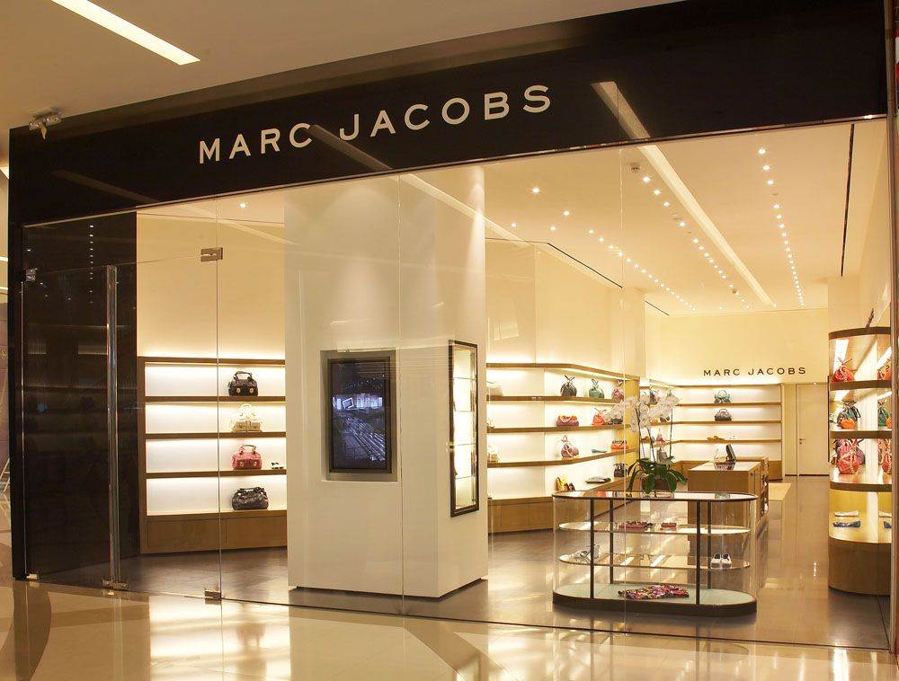 cheap for discount 74199 be68f Marc Jacobs Collection Store in Bangkok, Thailand | Window ...