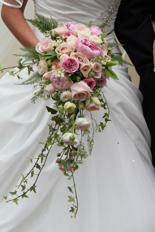 Pink Peony cascading Wedding Bouquet | carried an exquisitely ...