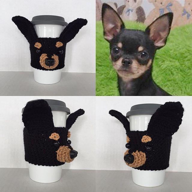 Chihuahua Mug Cozy #hookedbyangel #dogmug #dogcozy #mugkoozie #chihuahualoversunite #blackchihuahua #coffeecozy