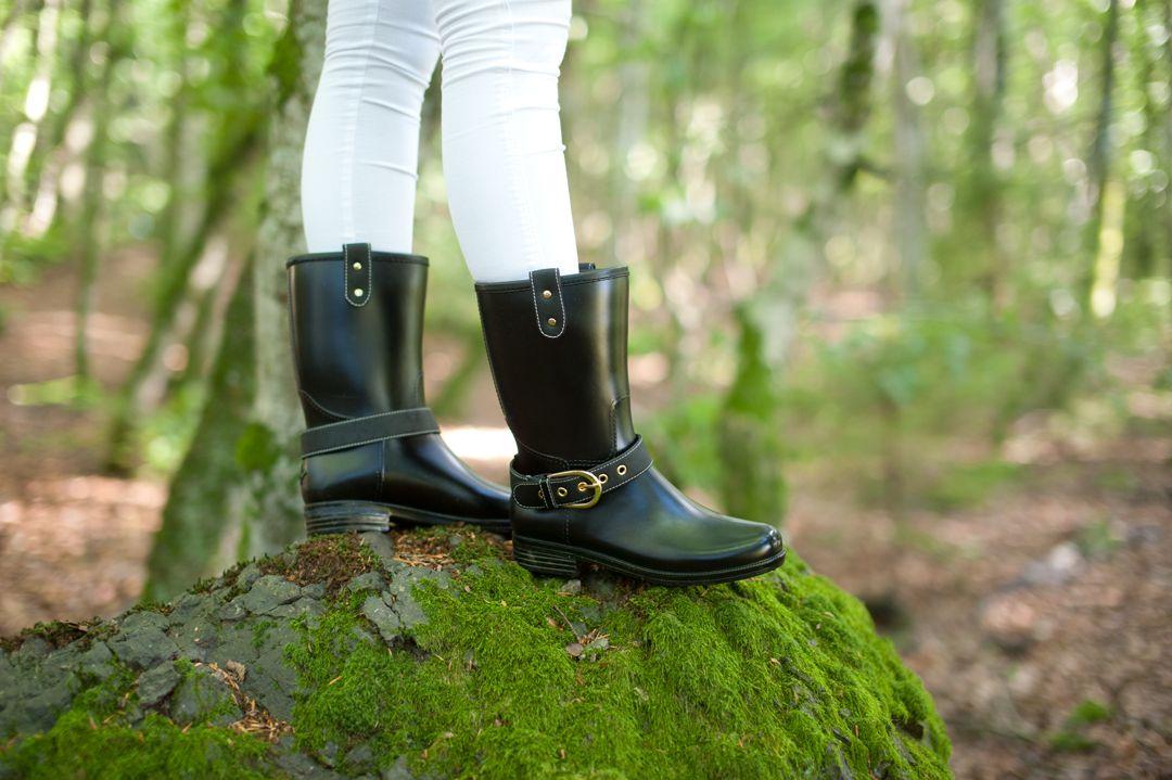Perfekte støvler fra Däv! #stiligestøvler #støvler #rainboots #boots #woods #forest #mote #fashion