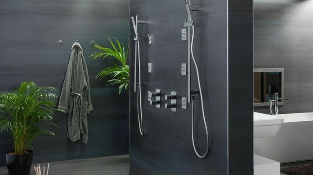 Les 25 meilleures id es de la cat gorie douche italienne prix sur pinterest - Prix salle de bain douche italienne ...