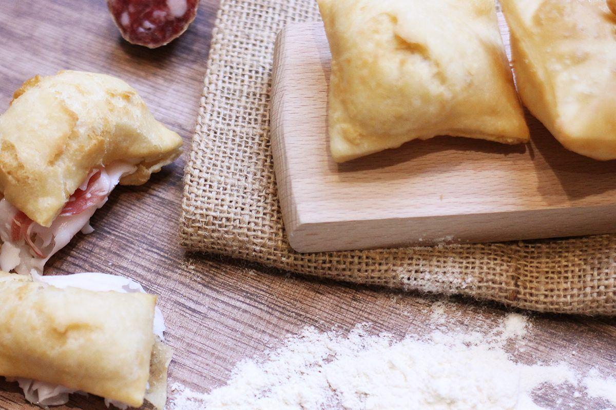 I Segreti Del Pane gnocco fritto: la ricetta e i segreti del piatto tipico