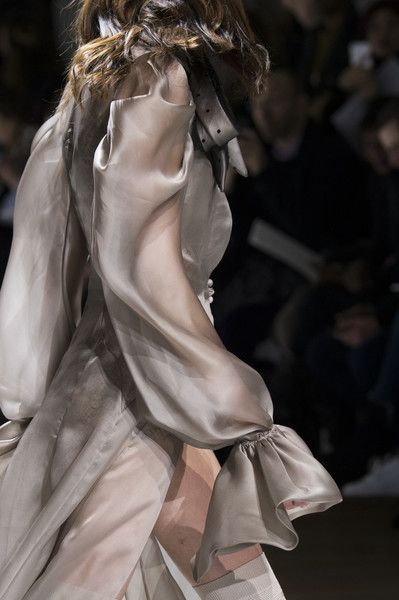 Galia Lahav at Couture Spring 2017 - Details Runway Photos #textile #details #couture #grey #layer #light