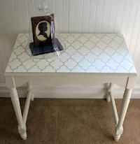 Shabby Love: Stenciled Table