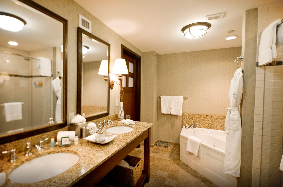 Junior Suite Accommodations at The Lodge & Spa at Callaway Gardens ...