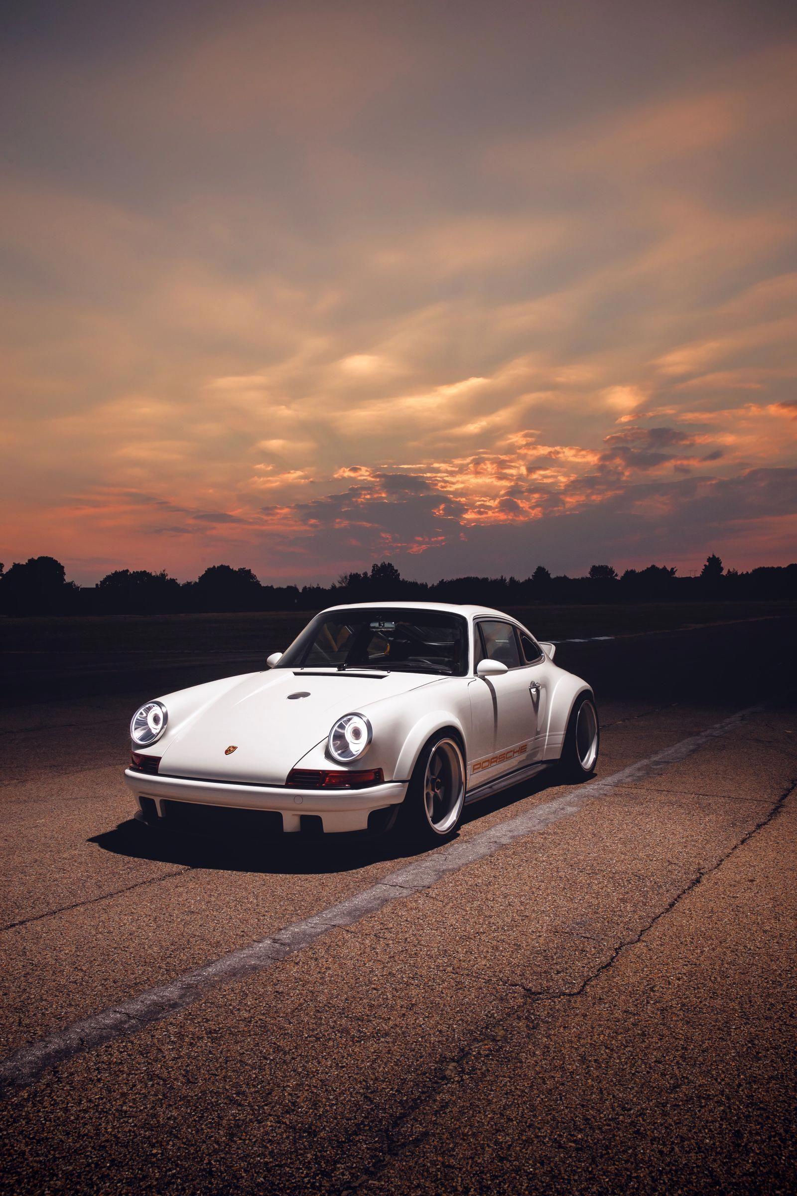 The Singer Williams Dls Is The Ultimate Carbon Fiber Vision Of A Porsche 911 Classic Porsche Porsche 911 Porsche
