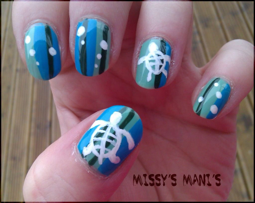 Turtle Nail Designs | then free handed on the sea turtles and bubbles using  a small - Turtle Nail Designs Then Free Handed On The Sea Turtles And