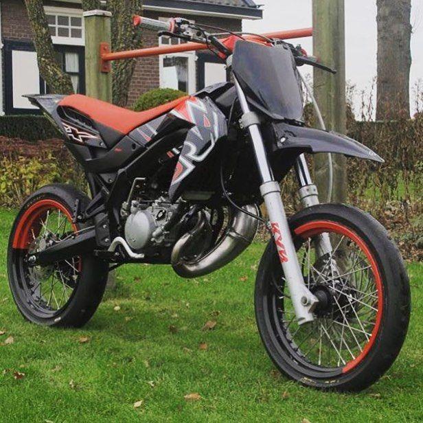 11 2 Stroke Supermoto Ideas Supermoto Dirtbikes Motocross