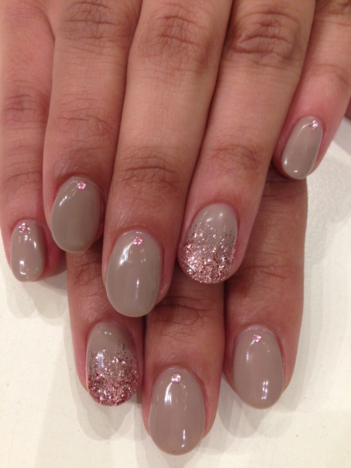 Carlybow Nails: Ashes Of Rose With Pink Glitter