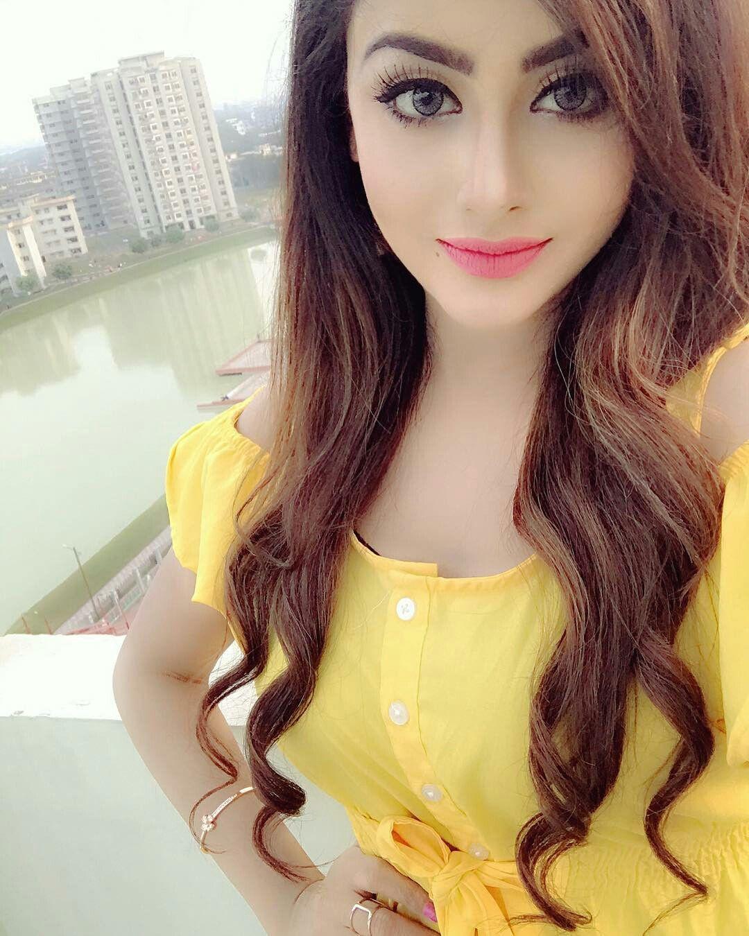 Pin by Amaya mathur on Uploading | Stylish girl images