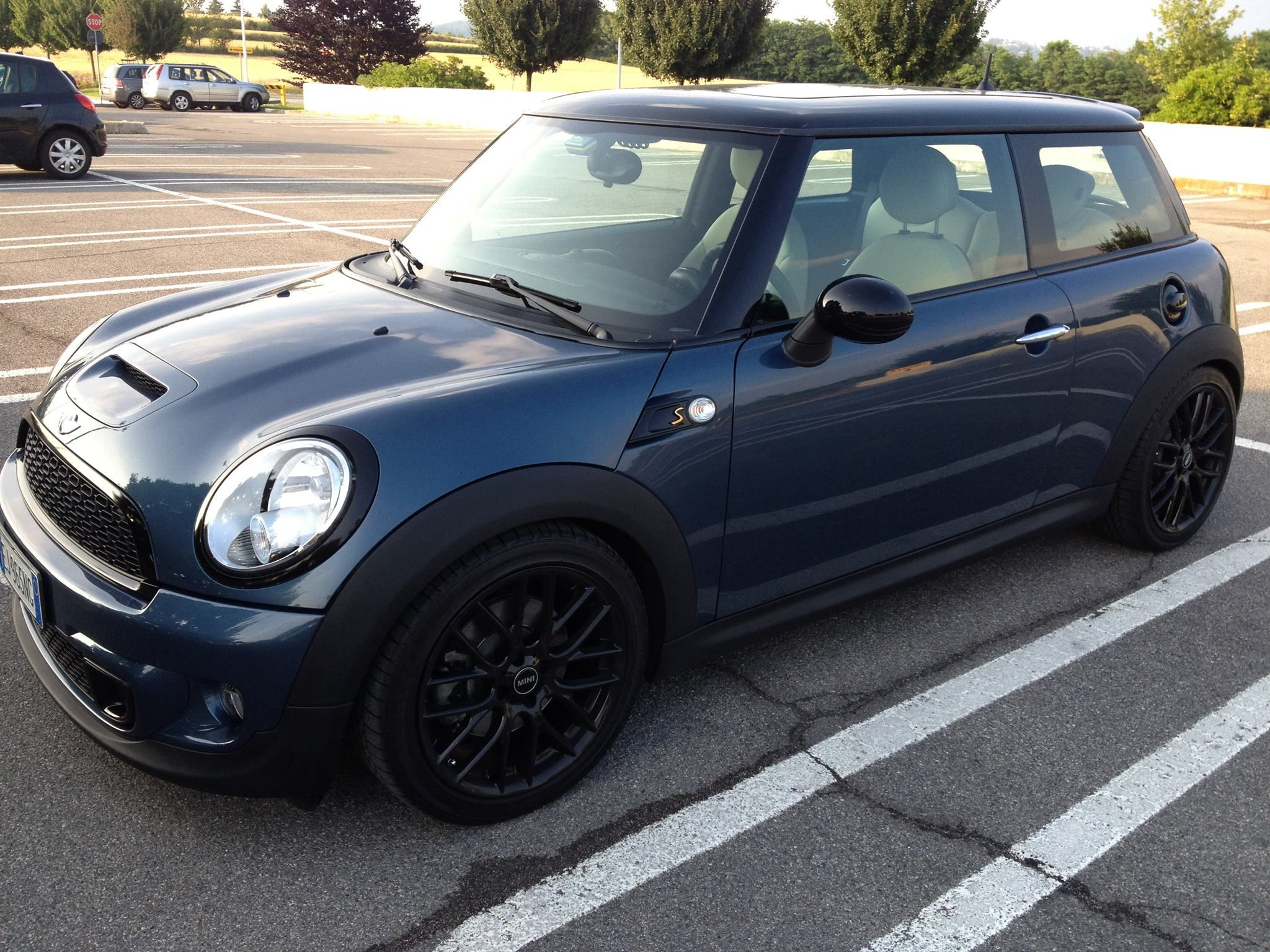 Mino cooper s dark blue elegant black wheels