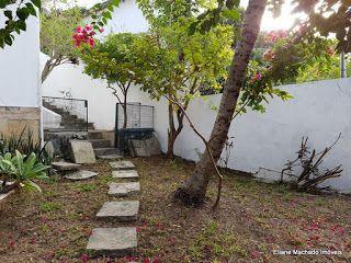 Imóveis Paquetá - Eliane Machado: Casa ampla  na Imbuca  com jardim varanda e quinta...