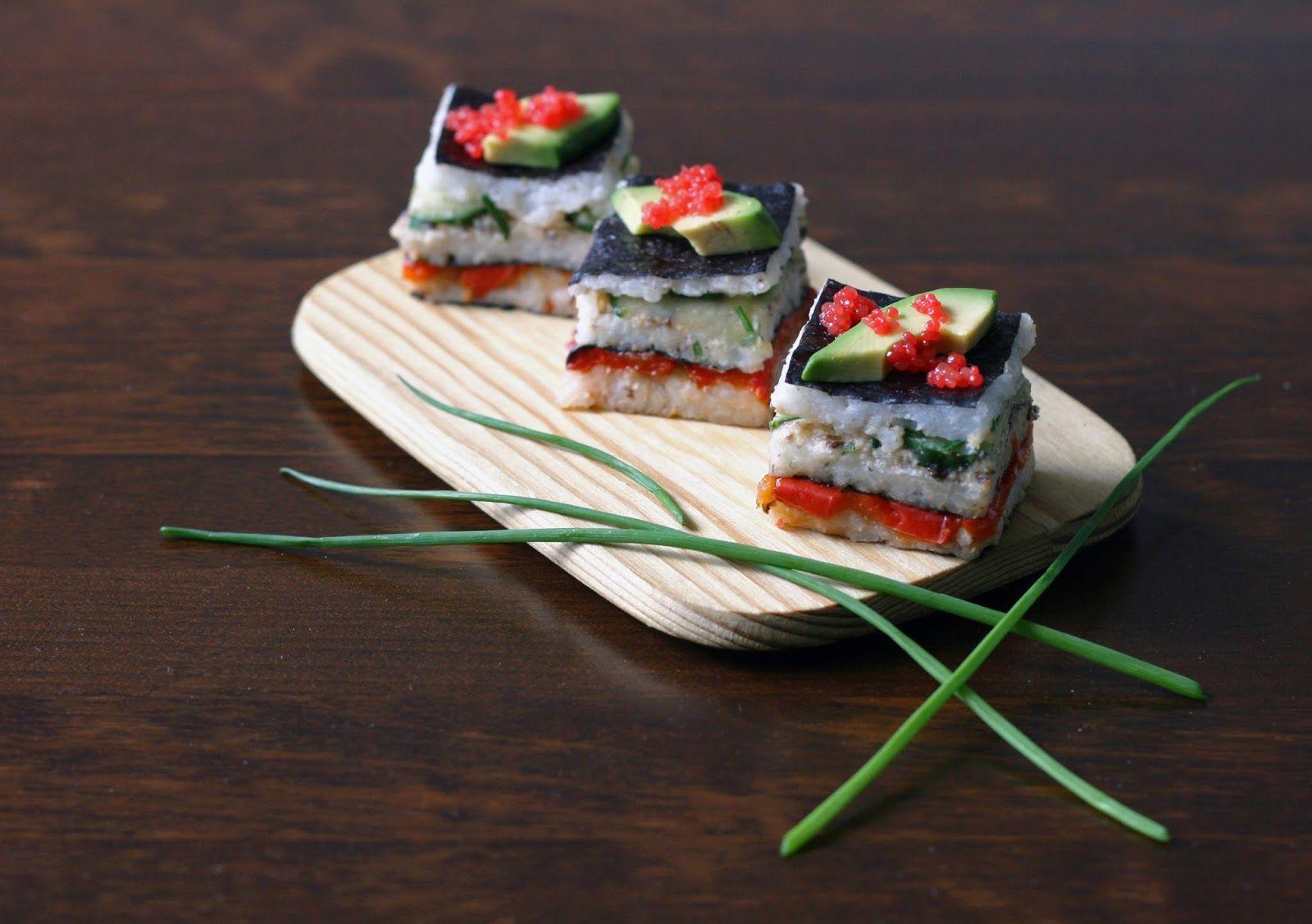 Tykkään kaikenlaisesta turhanaikaisesta pikkunäpertelystä, joten sushin tekeminen on minusta kivaa. Makien pyörittely ja nigirien muoto...