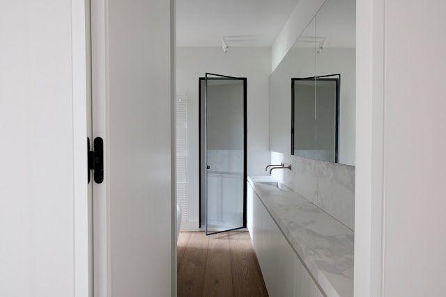 simplicity love Castle apartment, Belgium AIR Projects - Nathalie - küchen hängeschränke ikea
