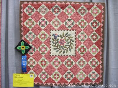 Heirlooms by Ashton House: A VISIT TO THE AMERICAN QUILTER'S ... : quilt show des moines - Adamdwight.com