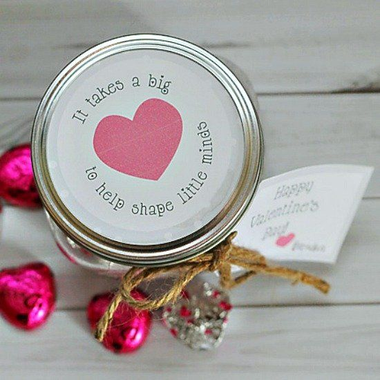 Make this quick valentine gift for your favorite teacher ...