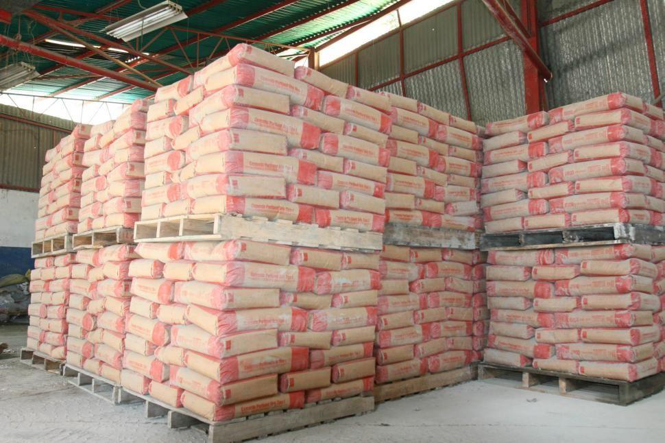 Cayeron las ventas de materiales para la construcción en el mes de junio    Informe Construccio…   Materiales de construccion, Construccion, Decoracion  de interiores