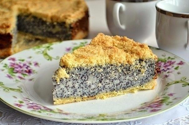 German poppy seed cheesecake