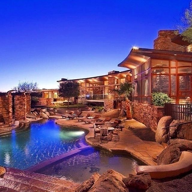 Amazing #backyard in #beautiful #Westlake #Texas. #pooltime #poolparty #architecture #JRK