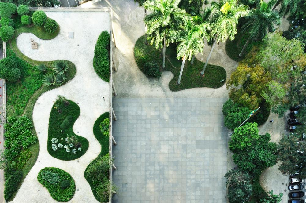 Burle Marx Modern landscape design, Oscar niemeyer