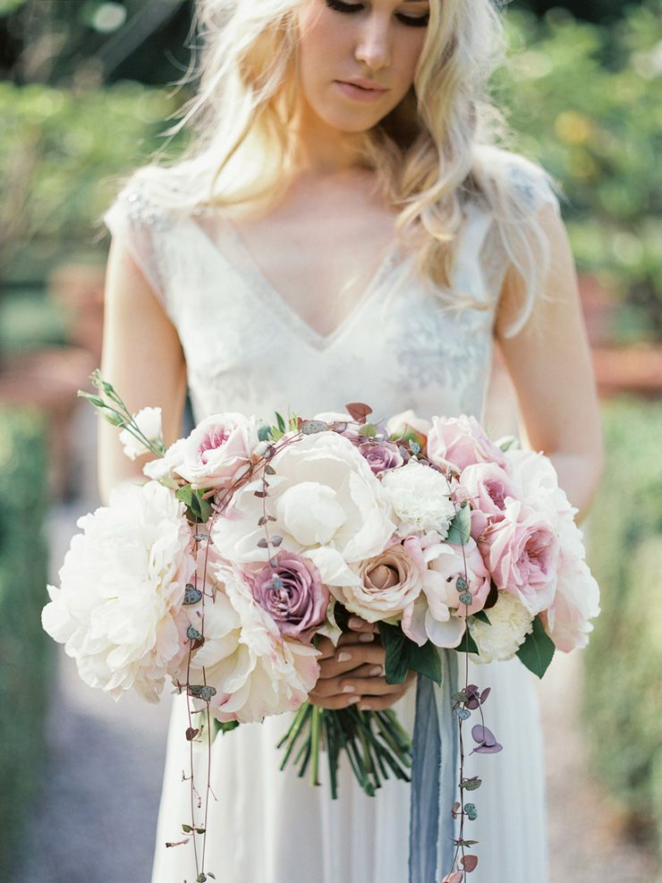 Romantic Verona Wedding Shoot + soft pinks and ivory colours wedding bouquet + blue wedding gown | fabmood.com
