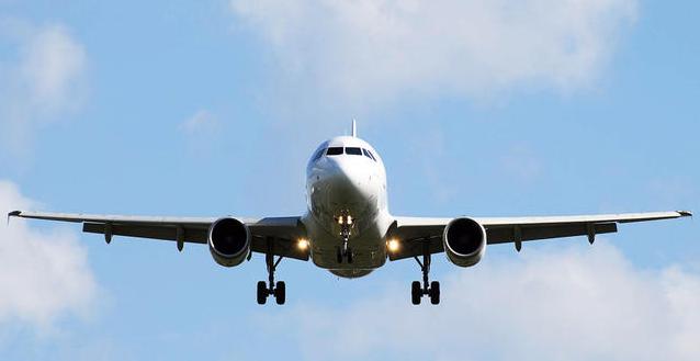 FlightAware Live Total 5,052 flights were delayed