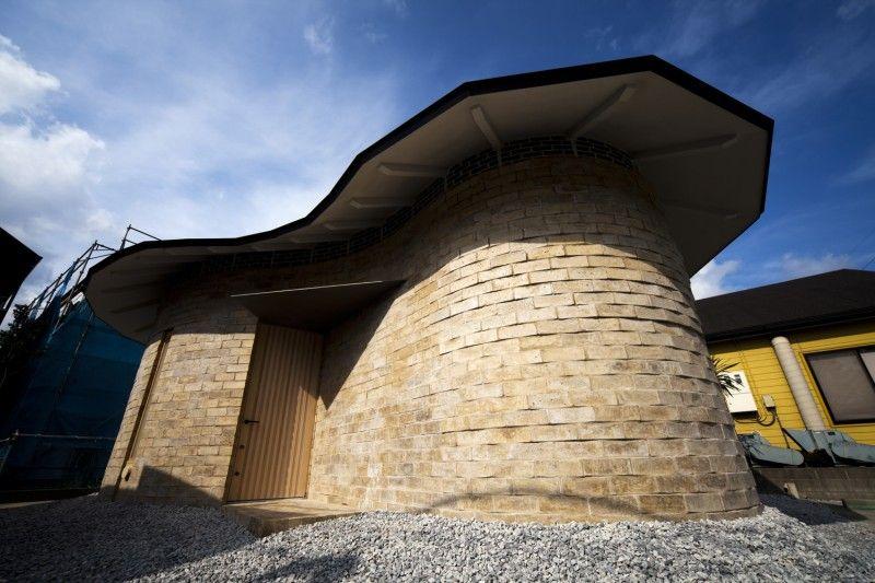 Earth bricks - atelier Tekuto