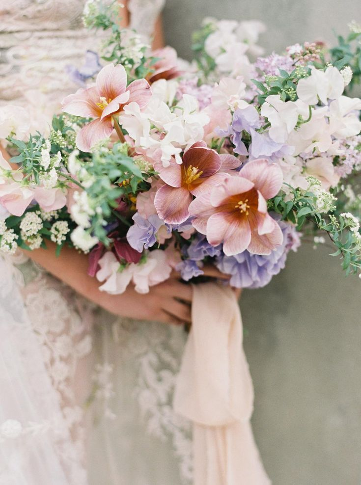 Colorful Spring Wedding Inspiration at Kimberly Crest House & Garden