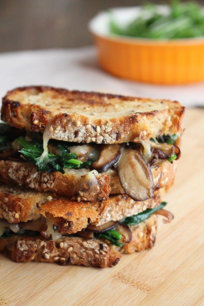 Mushroom Melt (Mushroom Grilled Cheese)
