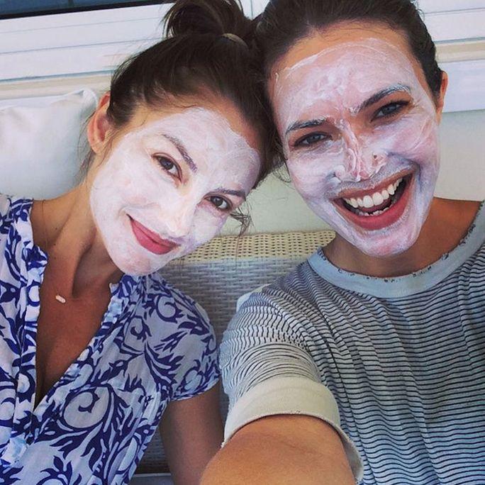 Le maschere fatte in casa possono essere efficaci tanto quanto i prodotti acquistati in negozio, quindi …