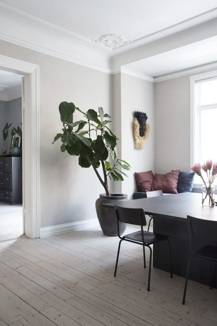 Fashioned Living Room Furniture: Living Room : Yvonne Kone's Home Via Coco Lapine Design
