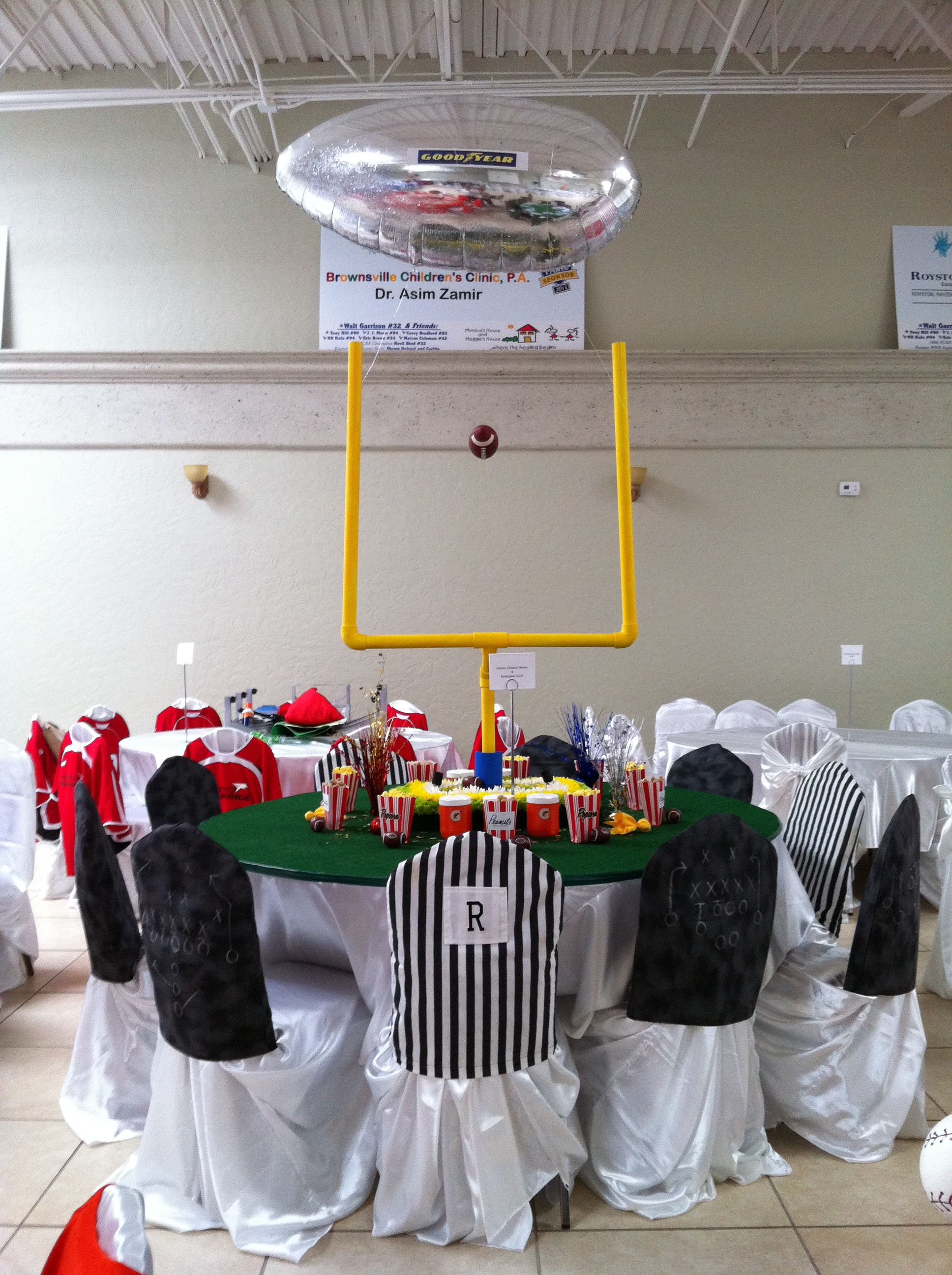 Charity Sports-Themed Dinner, Football Decoration #Footballfortheladies