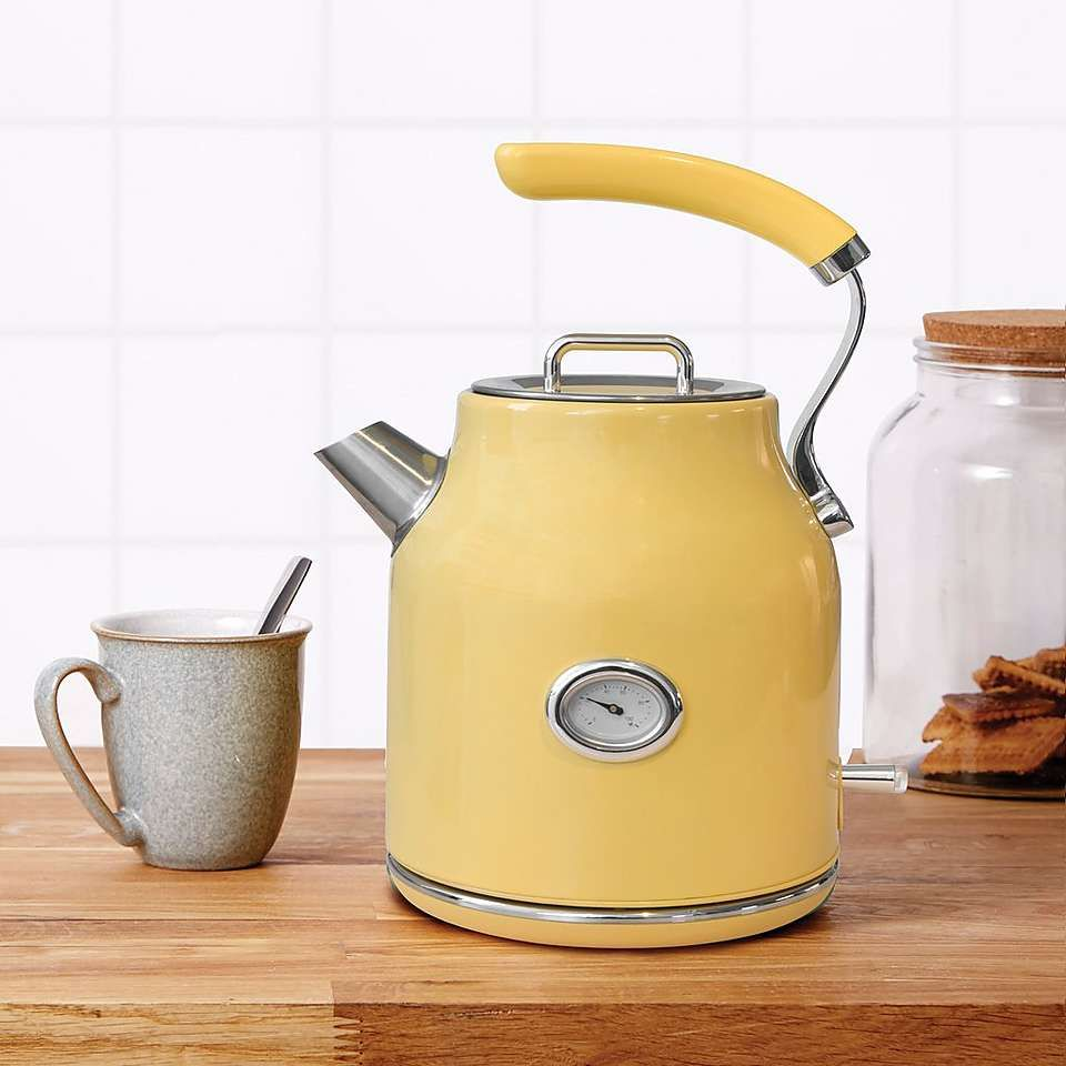 Retro 1 7l 3kw Yellow Jug Kettle Retro Kitchen Appliances Kettle Yellow Kitchen
