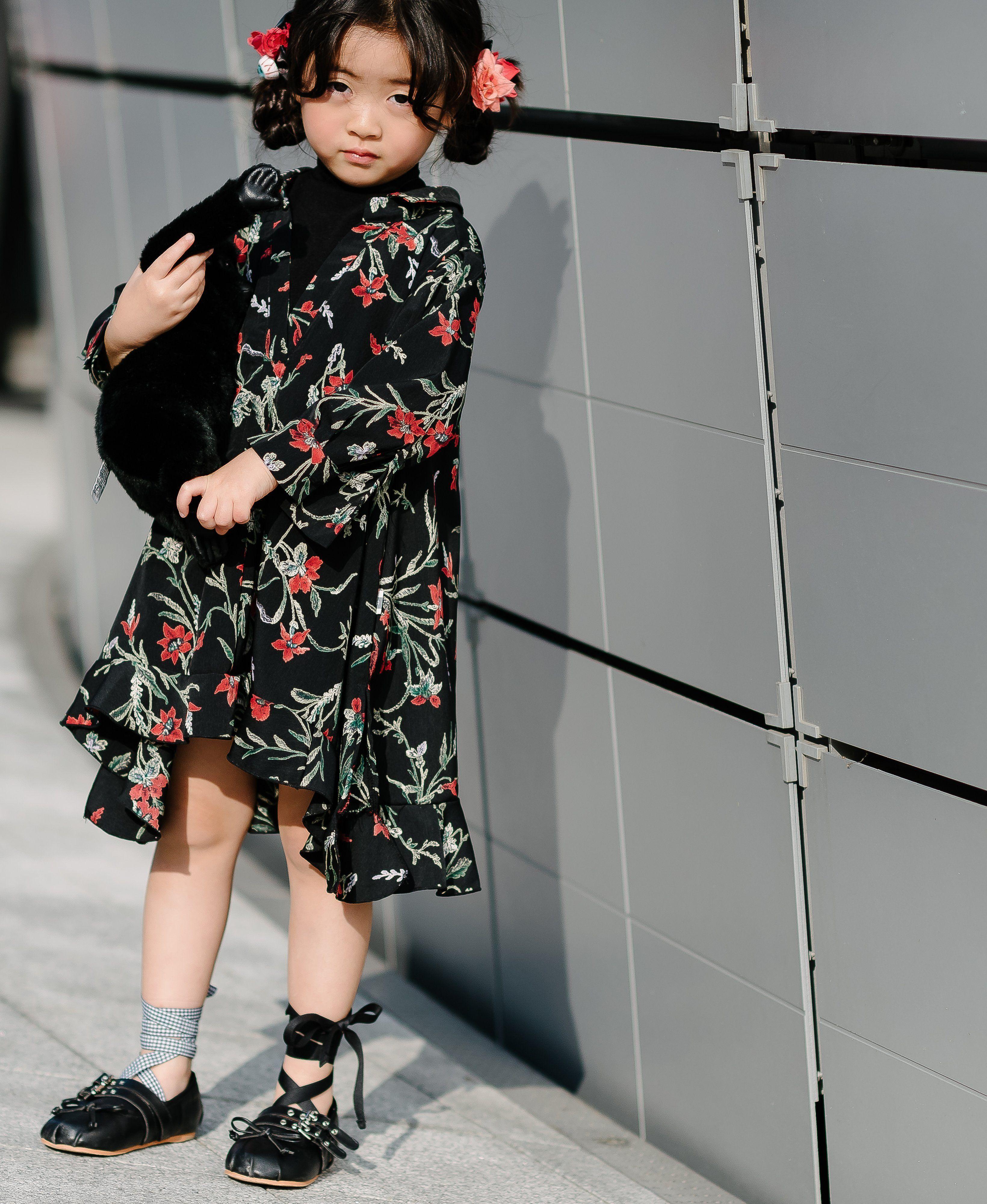 2632f80c4381 StreetStyle  Fashion  FashionWeek  SeoulFashionWeek  MiuMiu
