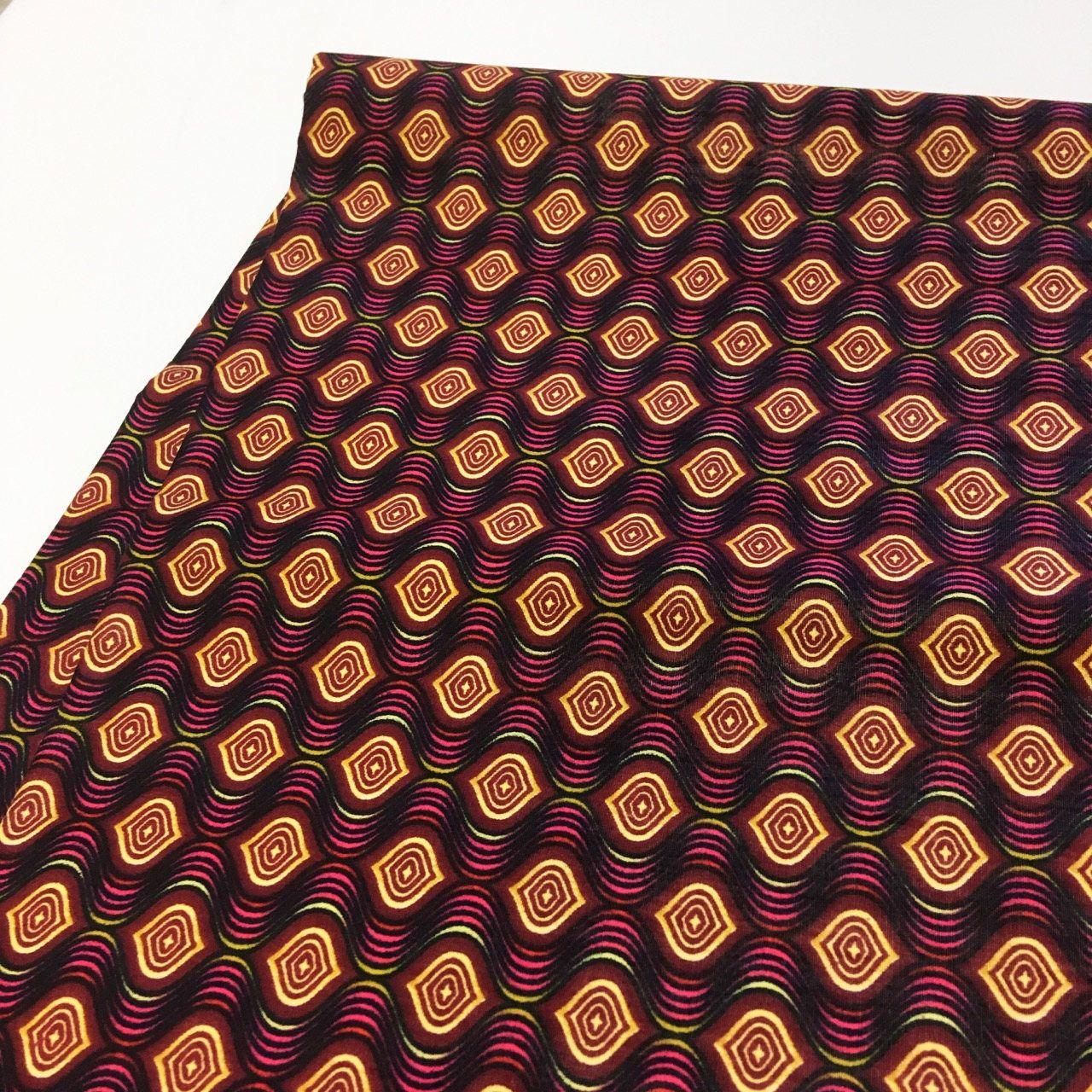 私の #etsy ショップからエキサイティングな新着商品を紹介します: African print / African fabric by the yard/ African wax/ Ankara fabric/