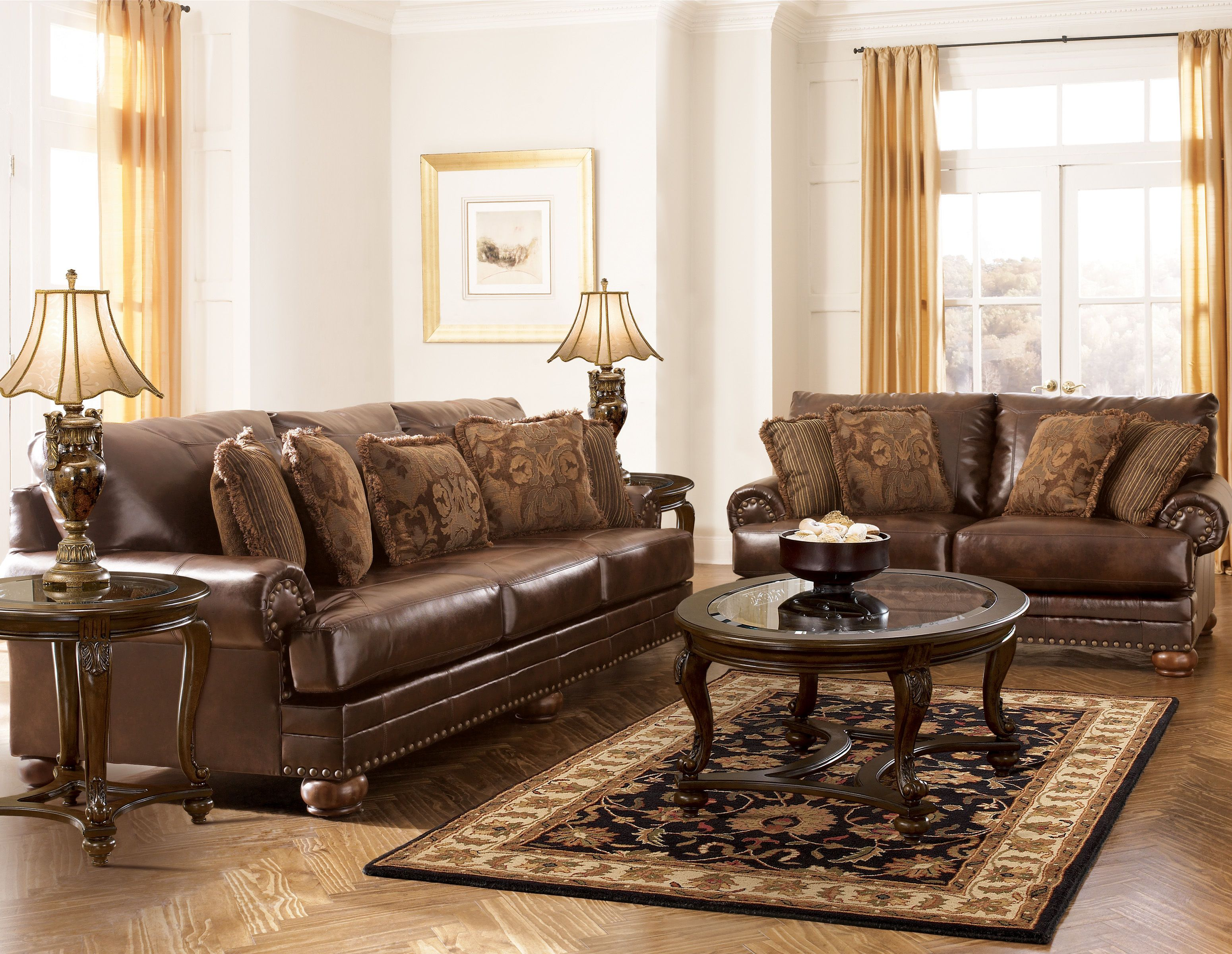 Durablend Traditional Antique Leather Living Room Set Living