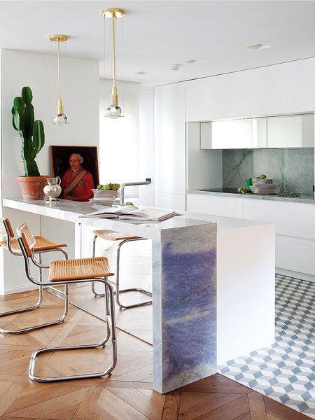 Un apartamento de lujo en el centro   Cocinas abiertas, Desayuno y ...
