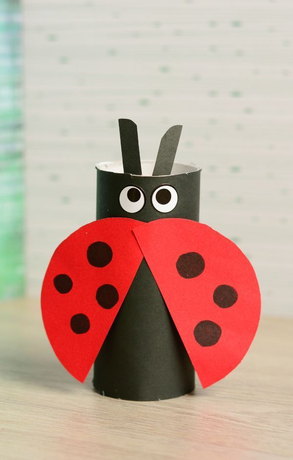toilet paper roll ladybug craft basteln mit kindern. Black Bedroom Furniture Sets. Home Design Ideas