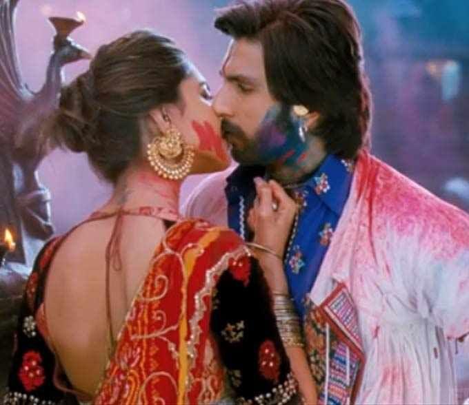 Lahu Munh Lag Gaya Deepika Padukone Kisses Ranveer Singh In New Ram Leela Song Ranveer Singh Bollywood Bollywood Masala