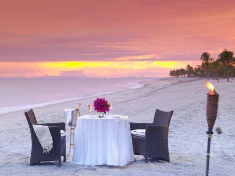 Romantic Beach dinner, Bristol Buenaventura