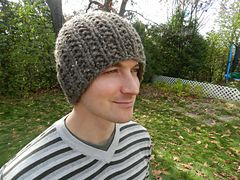Ravelry: The Perfect Tuque pattern by Homespooled. Size 13 ...