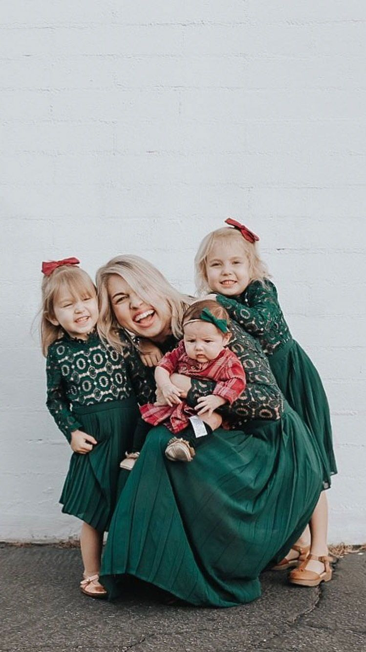 Christmas dresses green lace mom and daughter matching