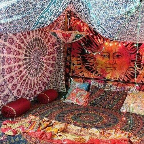 American hippie boh me boho lifestyle room decor for Room decorating ideas hippie