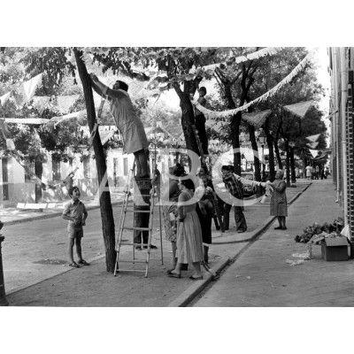 Fiestas Populares En El Barrio De Usera Archivo Abc Fotos Antiguas Madrid Fotos Antiguas Foto Madrid