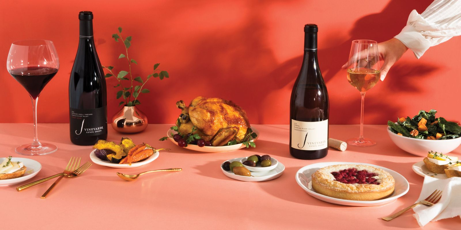 Fall S Color Trends Red White 2016 Strata Chardonnay 2016 Eastside Knoll Pinot Noir Perfect For Pairing With Autumn F Fall Color Trend Wines Red And White
