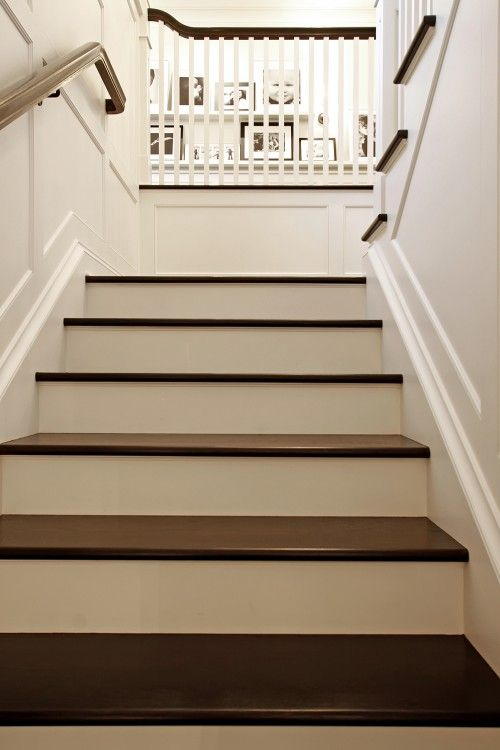 My Dream Stairs Dark Tread White Riser Trim On The Walls And Look At That Picture Wall At The Top S Traditional Staircase Staircase Design Stairs Design