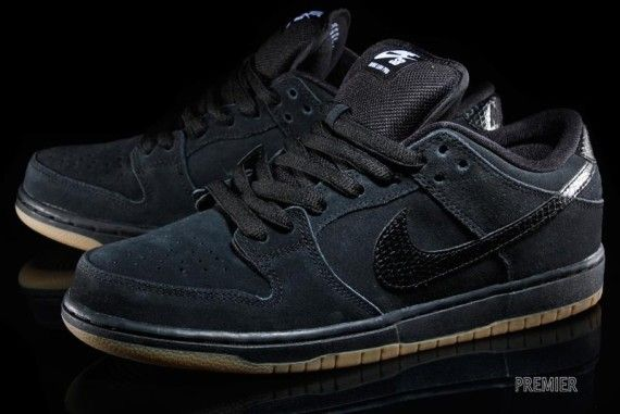 "finest selection 61ff5 b9c3d Nike Snakeskin SB Dunk Low ""BlackGum"""