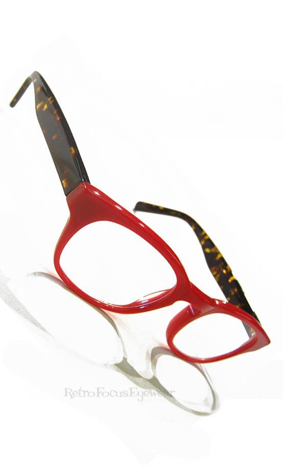 Bright Vampire Red Hipster eyeglasses/ reading glasses! Yaye ...